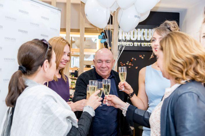 Vinokurov Summer Party - Party Drinks - Belle Imaging - Event Photographer London, South Kensington